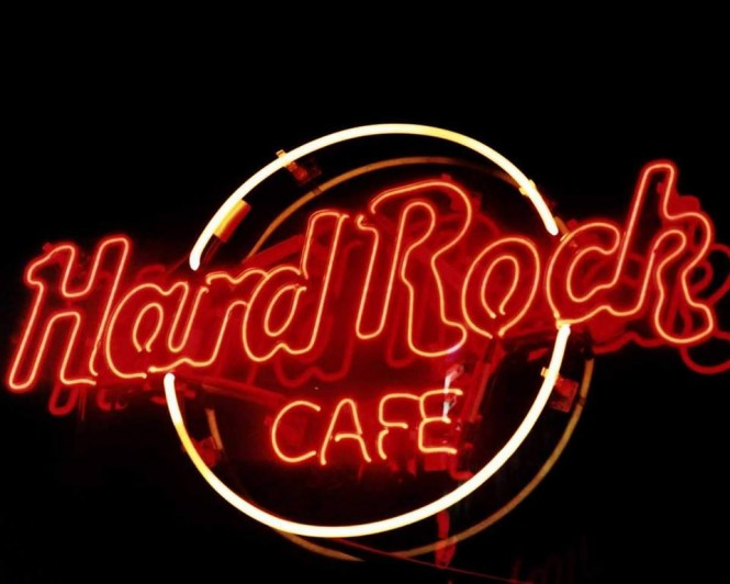 2015-01-hard-rock-cafe-remember
