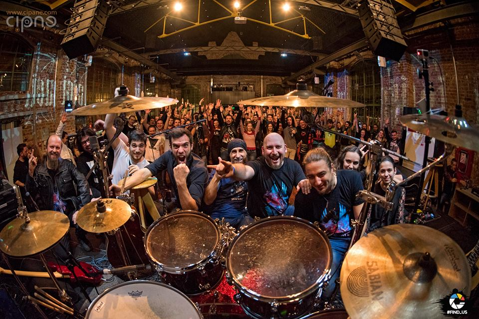Vinerea asta Bucium canta la Rock N'Bike Club